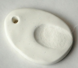 8 fingerprint pendant